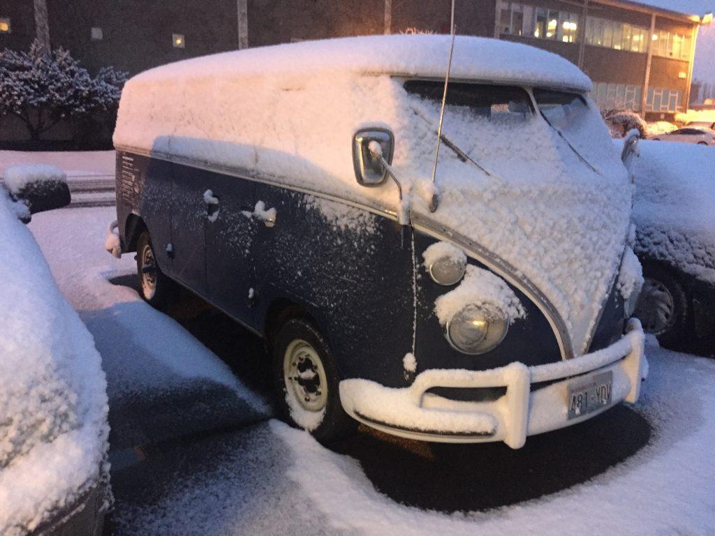 Snowbus - 1965 VW Bus